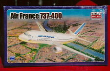 **  AIR FRANCE 737-400 PLASTIC MODEL AIRPLANE KIT