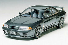 Tamiya 24090 1/24 Scale Model Sport Car Kit Nissan Skyline GT-R R32 BNR32