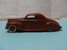 Dinky Toys Lincoln Zephyr Coupe 39c Die Cast Model Car Brown
