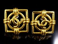 100% Authentic CHANEL Square Gold-Tone Coco Mark Motif Earrings Clip-On K624