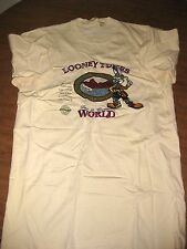 LOONEY TUNES environment med T shirt Bugs Bunny embroidered WB go green