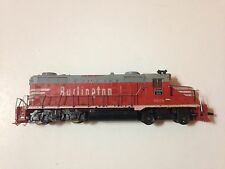 **HO**  Scale Train Engine - 5628 Burlington, Red & Gray - for parts or repair