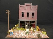 """Expertly Built O Scale """" House under Renovation """" Diorama [ Built Up ]"""
