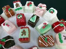 SET OF 6 FABULOUS FAKE CHRISTMAS PETIT FOURS