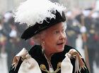 Queen Elizabeth II 10 x 8 UNSIGNED photo - P1019