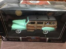NIB 1948 Ford Woody Wagon w/Surfboard & Window Stickers 1:18 Die-Cast