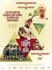 Affiche 40x60cm UNE ÉQUIPE DE RÊVE /NEXT GOAL WINS 2015 Documentaire Foot