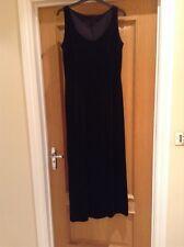 Elegant Black Velvet Evening Gown - size 12-14