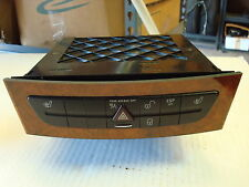 USED Mercedes W211 E-500 class 6 disc cd player