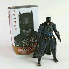 "BATMAN VS SUPERMAN/ FIigura Batman The dark knight 25 cm-10""  Crazy Toys in box"