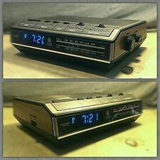 Vintage GE General Electric FM/AM Blue Digital Alarm Clock Radio 7-4642C CLEAN*