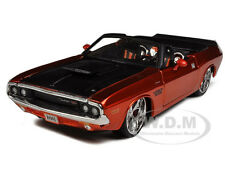1970 DODGE CHALLENGER R/T CONVERTIBLE BRONZE CUSTOM 1:24 BY MAISTO 31026