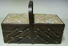 COLLECTIBLE WOOD ACCORDION SEWING BASKET