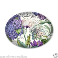 MICHEL DESIGN WORKS HYDRANGEA OVAL SOAP DISH WITH PURPLE & WHITE HYDRANGEAS