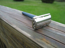 Gillette 1968 Blue Handle Slim Twist or Knack DE Safety Razor USA (N-2)