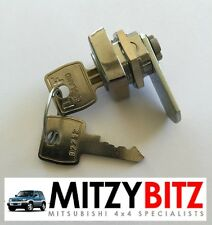 MITSUBISHI SHOGUN PININ SPARE WHEEL COVER LOCK ONLY WITH 2 KEYS