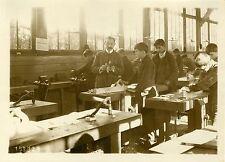"""""""Menuiserie Atelier-école d'ANDRESY 1931"""" Photo originale G. DEVRED / Agce ROL"""