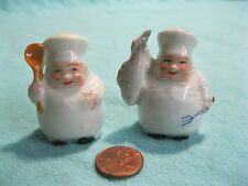 Vintage Small Standing Chef Sous Chef Salt and Pepper Shakers Ceramic          1