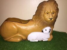Rare Vintage Union Don Featherstone Lion And Lamb Blow Mold Planter