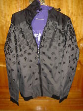 NEW SNEAKER FREAK WINDBREAKER size M Foot Locker