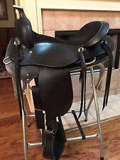 """TN Saddlery 16"""" Gaited Western Saddle """"Bedford""""  Black"""