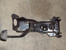 Toyota Hilux Pickup Truck BRAKE PEDAL with MOUNTING BRACKET 79 80 20R 1979 1980