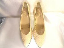 """Mullys by Innocence Ivory Woven Size 10 Medium 2"""" Heel Shoes"""
