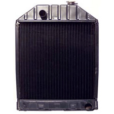 C7NN8005E Ford Tractor Parts Radiator 5000, 5100, 5200, 7000, 7100, 7200, 5600,