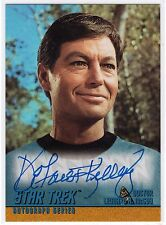 STAR TREK TOS A27 DEFOREST KELLEY AS DR. LEONARD H. McCOY AUTOGRAPH SKYBOX 1998