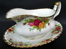 OLD COUNTRY ROSES GRAVY / SAUCE BOAT & STAND, 1st QLTY. GC. 1962-73 ROYAL ALBERT