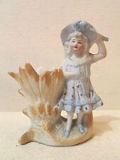 ancienne petite bouquetiere en biscuit epoque 1900 polychrome