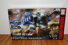 Transformers Generations Fortress Maximus Titans Returns NEW