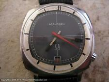 Accutron TV Style Gray-Silver Dial with Date, Electric, Gents  (1148)