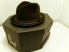 "Vintage Bond ""Fifteen"" Brown Velour Fedora Hat with box"