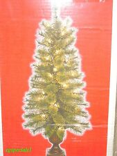SET OF 2 PRELIT/PRE-LIT 3.5 FT HIGH TOPIARY/ENTRYWAY TREES ~ 90 TIPS, 35 LIGHTS