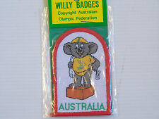 VINTAGE 1982 COMMONWEALTH GAMES WILLY BRISBANE SOUVENIR PATCH WOVEN CLOTH BADGE