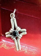 VINTAGE STERLING SILVER 925 CROSS WITH BLACK ONYX  2.3Grams
