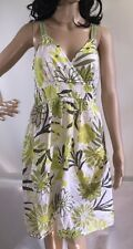 Jessica at C&A Green and White Floral Daisy Print Sundress Casual Summer Dress M