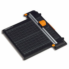 A4 Recycled Titanium 45mm Rotary Paper Trimmer 30 cm by Fiskars