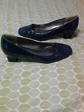 Women's navy blue glossy heel shoes east 5th size 9.5 medium
