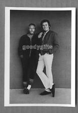 Clint Eastwood with Paul Newman POSTCARD - New, unposted, photo by Terry O'Neill