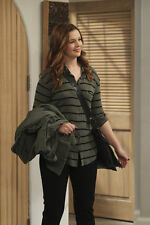 AMBER TAMBLYN UNSIGNED PHOTO - 6344 - TWO AND A HALF MEN