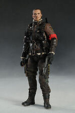 HOT TOYS TERMINATOR SALVATION JOHN CONNER 1/6 FIGURE GENUINE SA AQ1338
