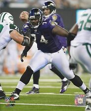 MICHAEL OHER 8X10 PHOTO BALTIMORE RAVENS PICTURE NFL VS JETS