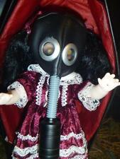�� Living Dead Dolls TOXIC MOLLY Gas Mask Red Open and Complete