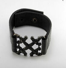 "GUESS BLACK DESIGNER GENUINE LEATHER WITH GUNMETAL FRONT WRISTBAND 8"" NWOT"