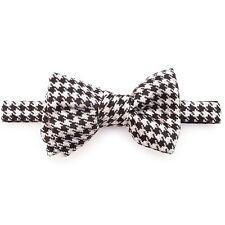 Tom Ford Black & White Houndstooth Jacquard Print Mens Silk Bow Tie BRAND NEW
