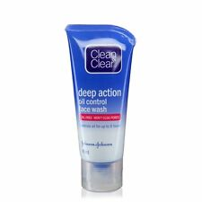 Clean & Clear Deep Action Oil Control Face Wash, 40ml