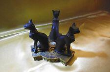statuette de chats egypte antique avec bougie