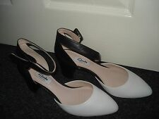 New Clarks Womens Blissful Charm Black & White Leather Shoe 5.5 D UK